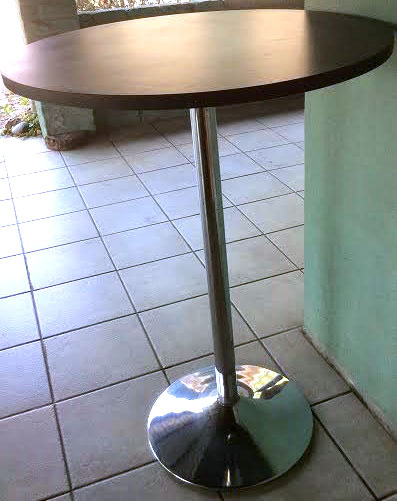 Cocktail-table